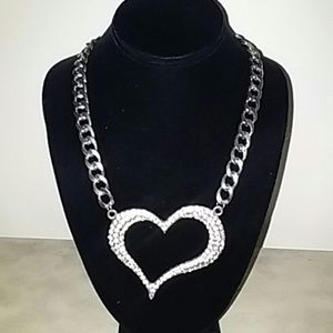 Jewelry - Silver Tone Rhinestone Heart Necklace